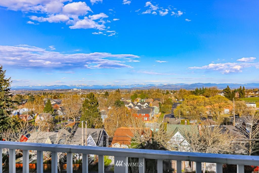 Sold Property | 6725 35th Avenue SW Seattle, WA 98126 34