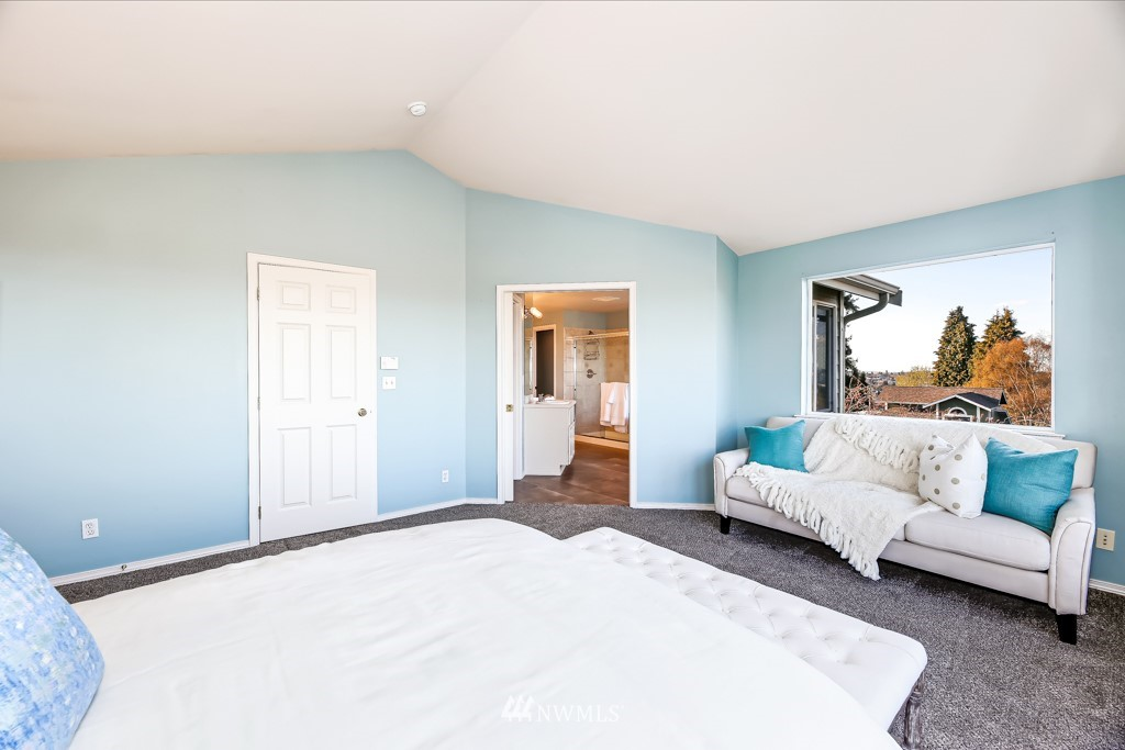 Sold Property | 6725 35th Avenue SW Seattle, WA 98126 22