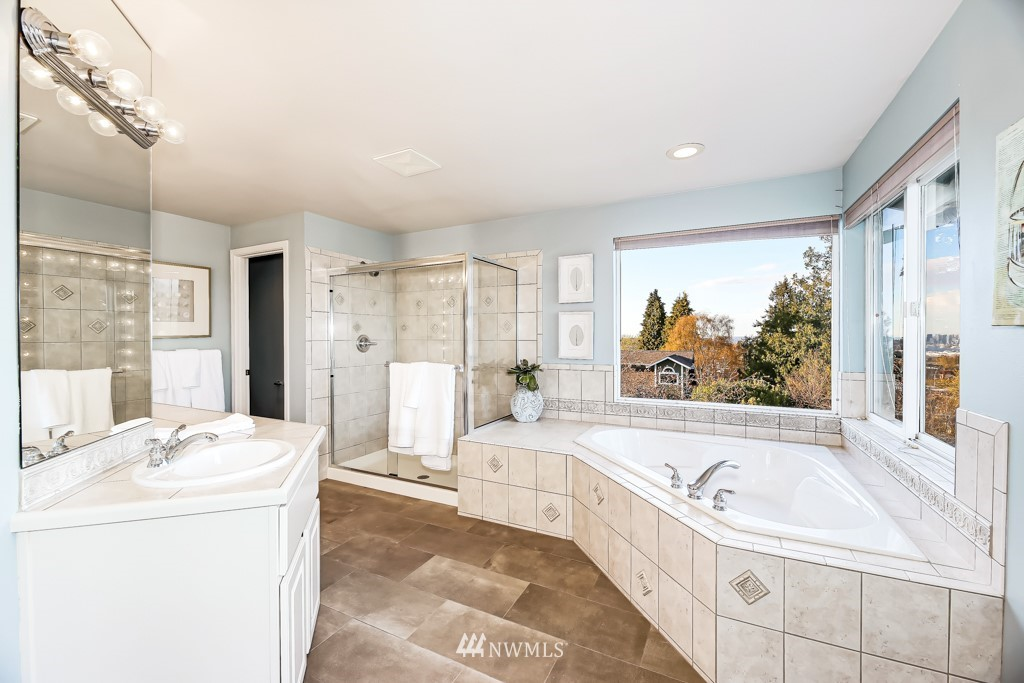 Sold Property | 6725 35th Avenue SW Seattle, WA 98126 23