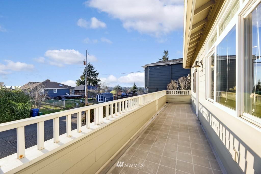 Sold Property | 6725 35th Avenue SW Seattle, WA 98126 13