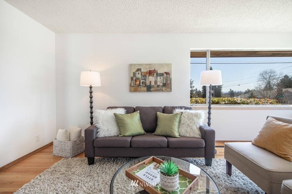 Sold Property | 12001 Fremont Avenue N Seattle, WA 98133 4