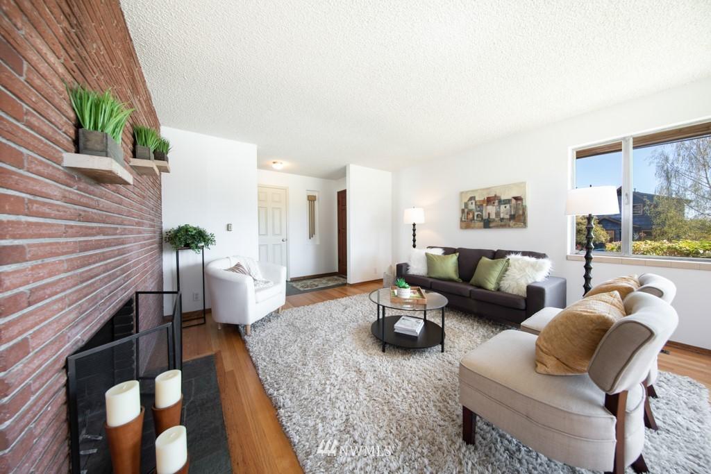 Sold Property | 12001 Fremont Avenue N Seattle, WA 98133 11