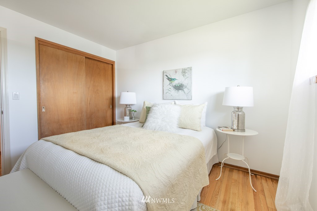 Sold Property | 12001 Fremont Avenue N Seattle, WA 98133 16