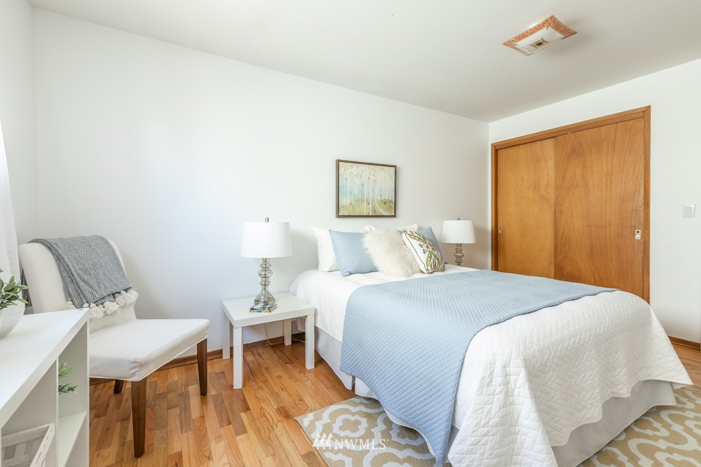 Sold Property | 12001 Fremont Avenue N Seattle, WA 98133 19