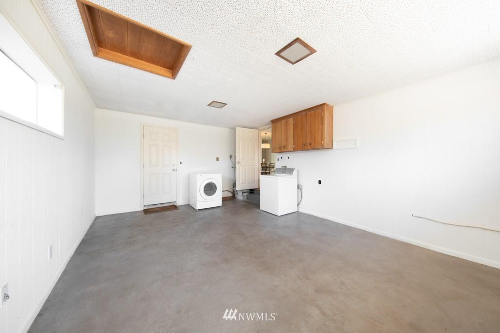 Sold Property | 12001 Fremont Avenue N Seattle, WA 98133 21