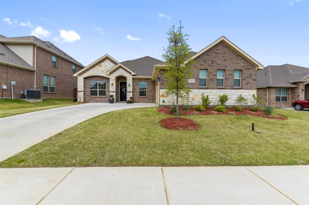 Pending | 4405 Tall Meadow Court Arlington, Texas 76001 0