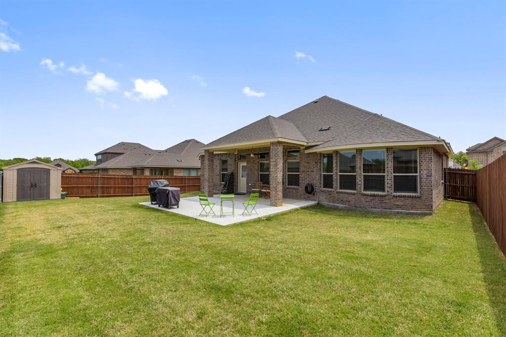 Pending | 4405 Tall Meadow Court Arlington, Texas 76001 37