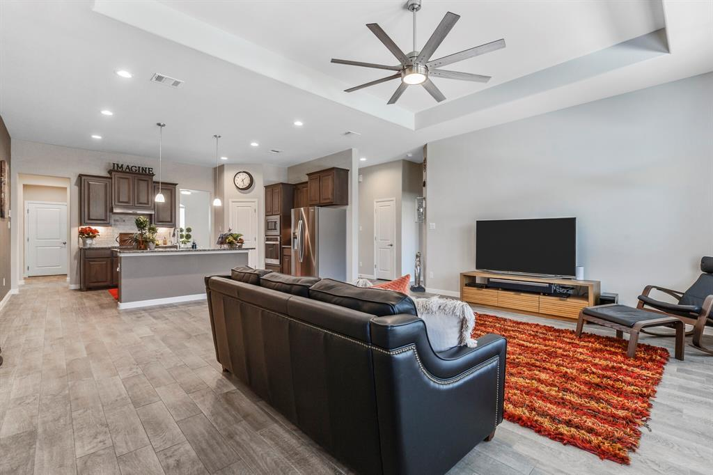 Sold Property | 4405 Tall Meadow Court Arlington, Texas 76001 8