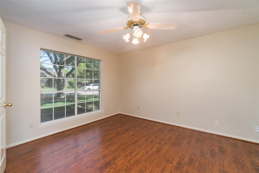 Off Market | 1205 Twin Oaks Street Friendswood, Texas 77546 15