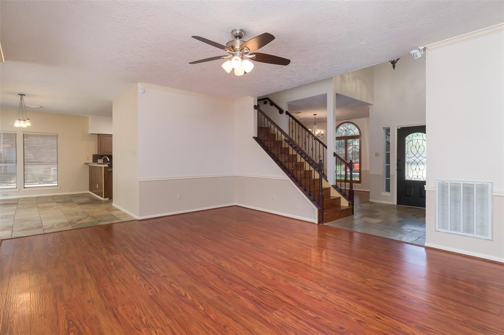Off Market | 1205 Twin Oaks Street Friendswood, Texas 77546 8