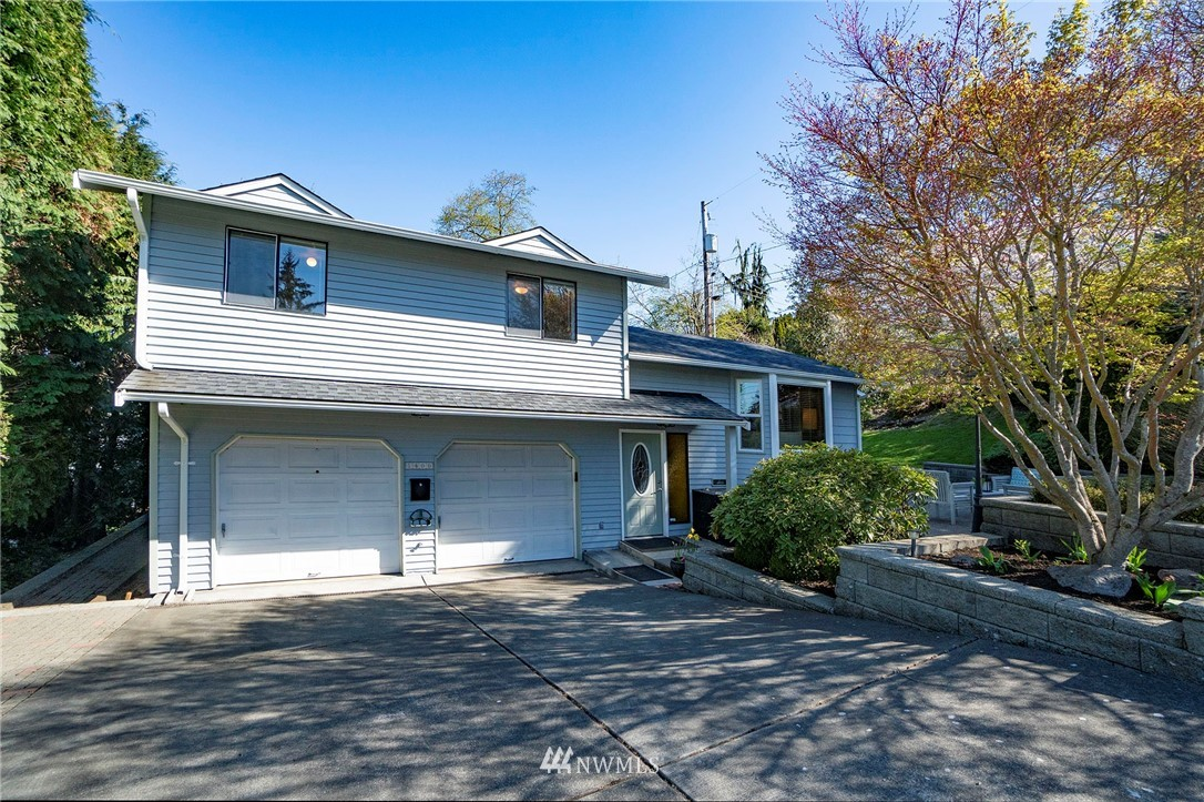 Highland Park West Seattle Move-In Ready  | 1400 SW Sullivan Street Seattle, WA 98106 2