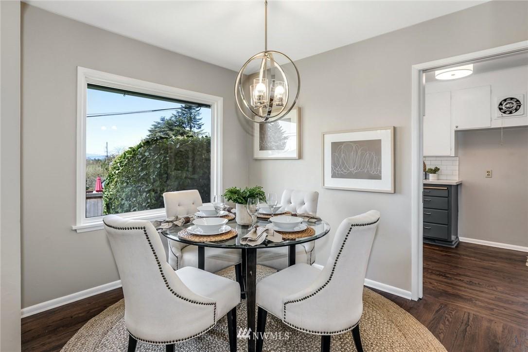 Sold Property | 302 NE 90th Street Seattle, WA 98115 4