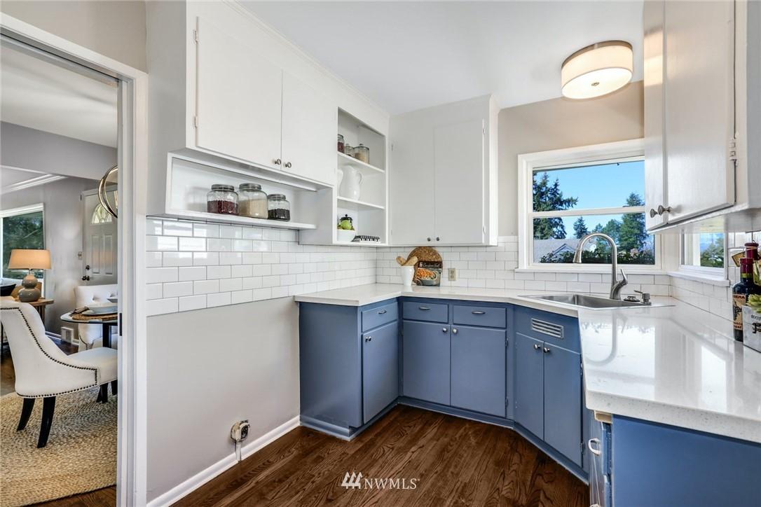 Sold Property | 302 NE 90th Street Seattle, WA 98115 7