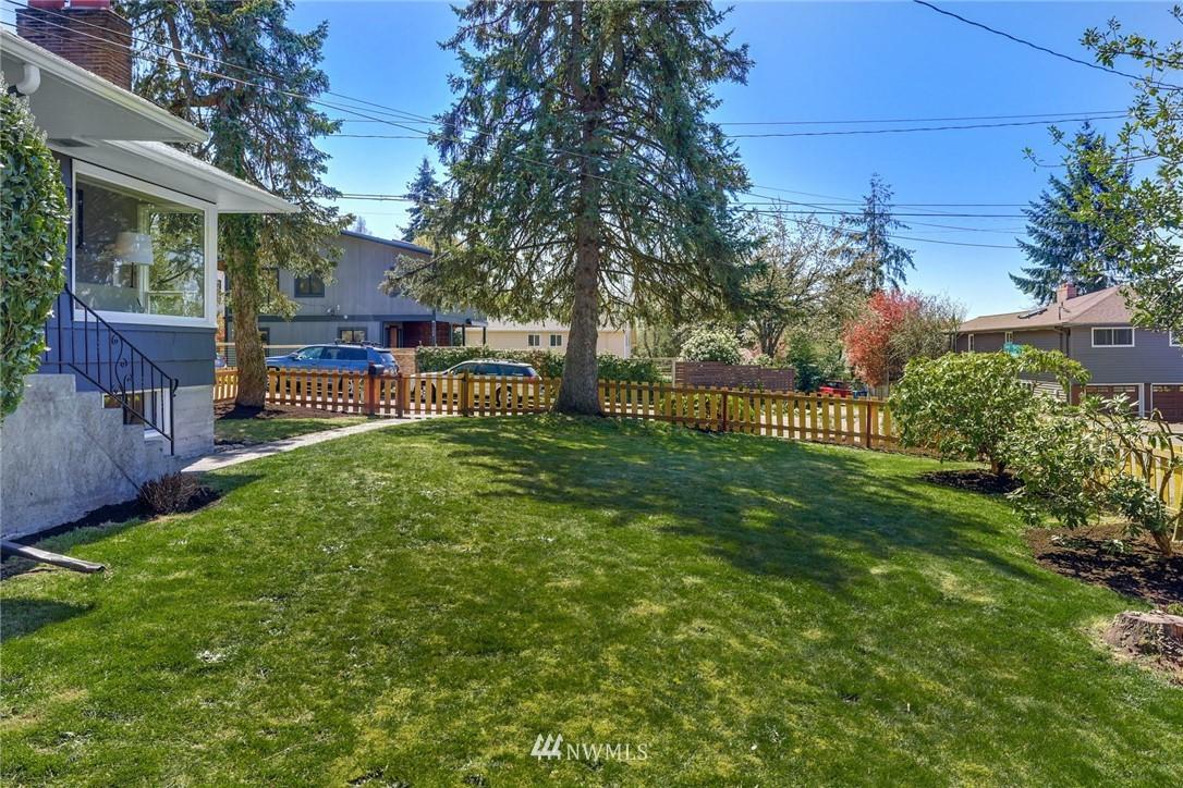 Sold Property | 302 NE 90th Street Seattle, WA 98115 23