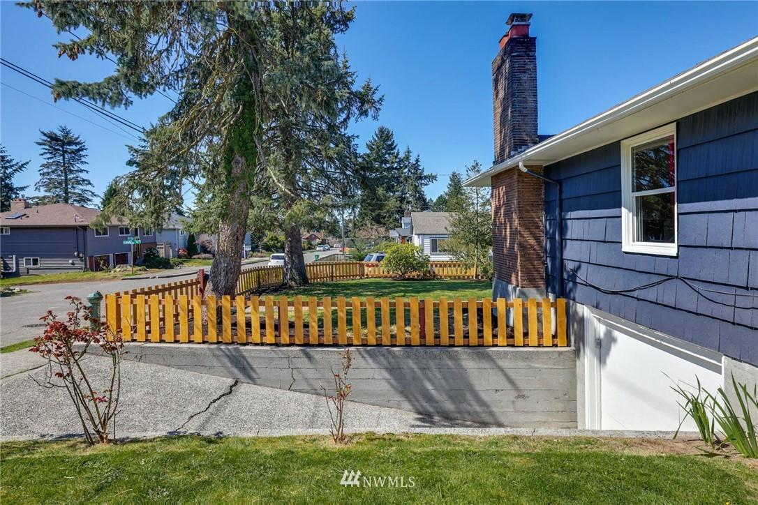 Sold Property | 302 NE 90th Street Seattle, WA 98115 25