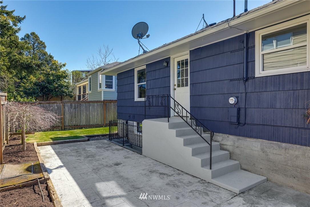 Sold Property | 302 NE 90th Street Seattle, WA 98115 26