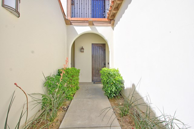 Closed   48725 Classic Drive La Quinta, CA 92253 3