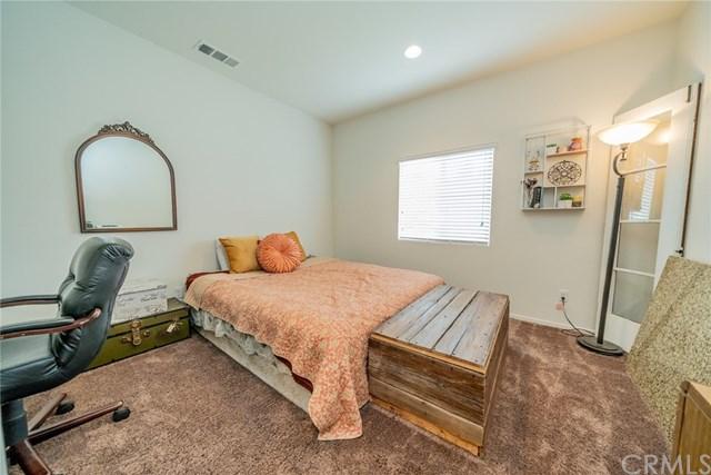 Pending | 208 Colonial Drive Calimesa, CA 92320 26