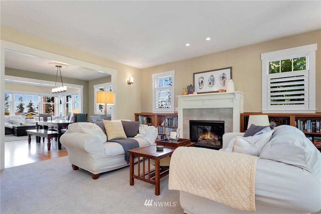 Sold Property   13100 NE James Way Kingston, WA 98346 9