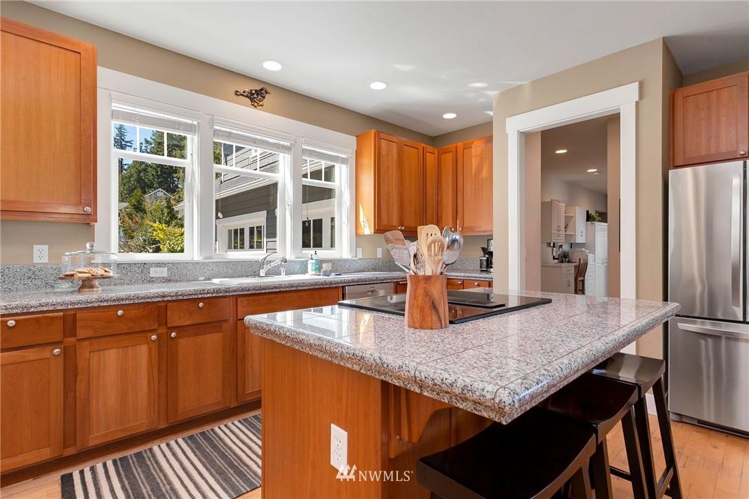 Sold Property   13100 NE James Way Kingston, WA 98346 15