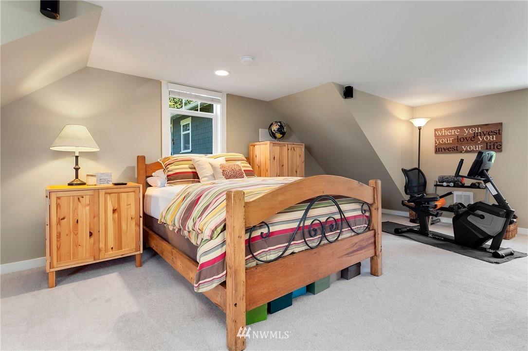 Sold Property   13100 NE James Way Kingston, WA 98346 26