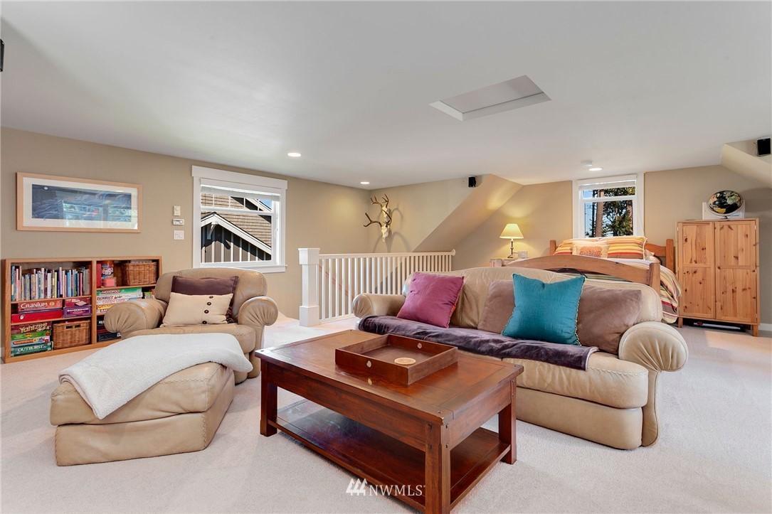 Sold Property   13100 NE James Way Kingston, WA 98346 28