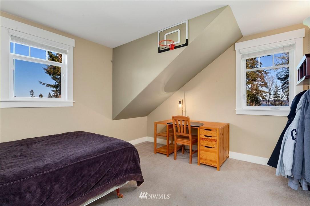Sold Property   13100 NE James Way Kingston, WA 98346 35