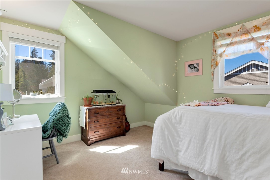 Sold Property   13100 NE James Way Kingston, WA 98346 36