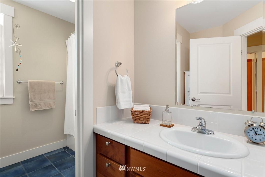 Sold Property   13100 NE James Way Kingston, WA 98346 37