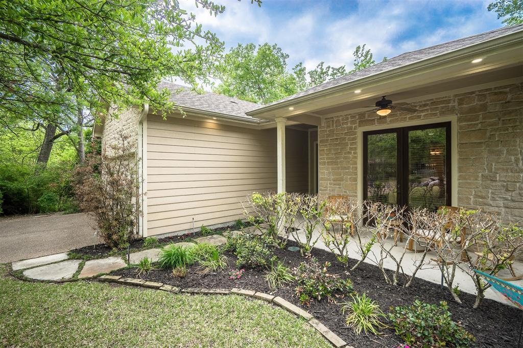 Pending | 8803 San Benito Way Dallas, Texas 75218 2