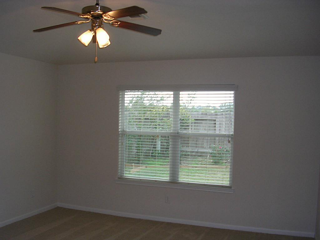 Pending | 1303 Colonial Manor Drive Katy, Texas 77493 7