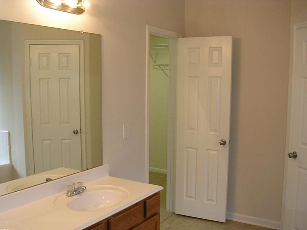 Pending | 1303 Colonial Manor Drive Katy, Texas 77493 8