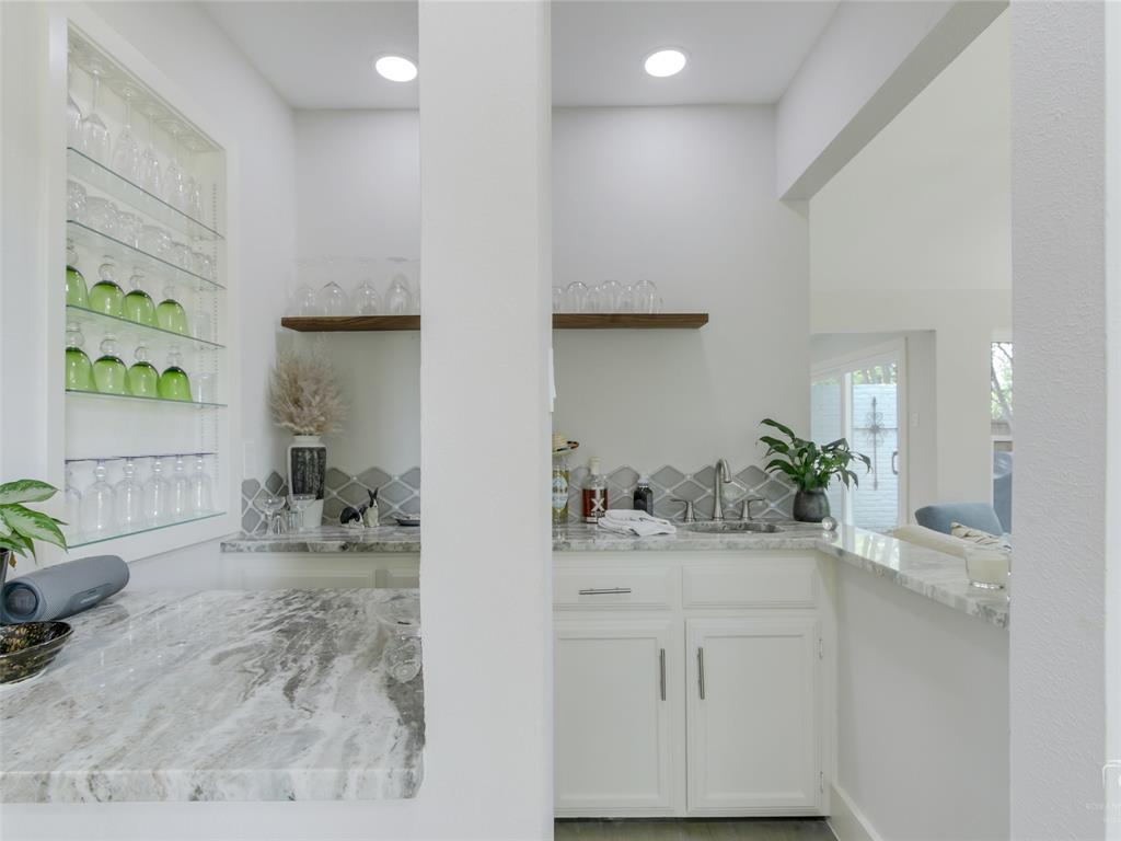 Sold Property   15711 Nedra Way Dallas, Texas 75248 9