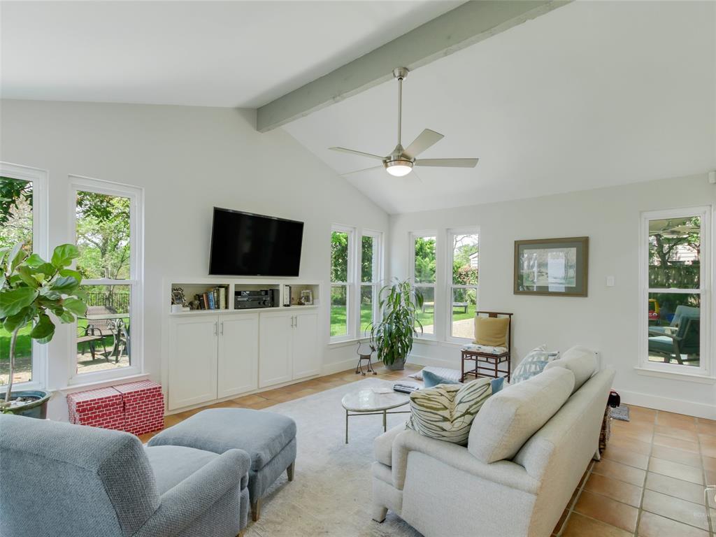 Sold Property   15711 Nedra Way Dallas, Texas 75248 11