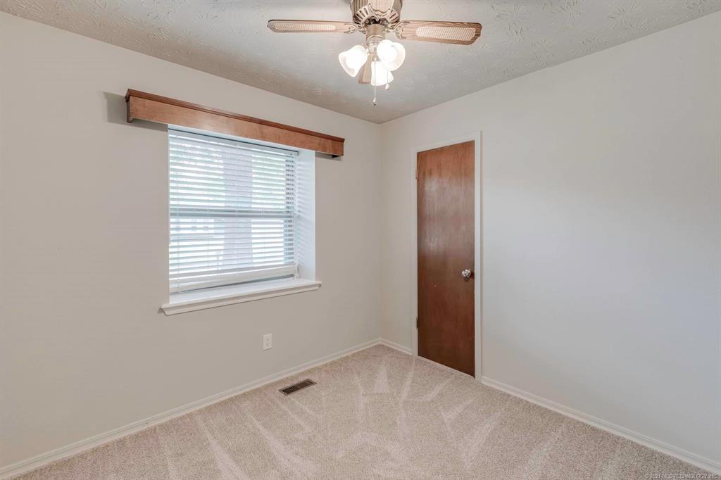 Off Market | 1110 W 16th Place Claremore, Oklahoma 74017 13