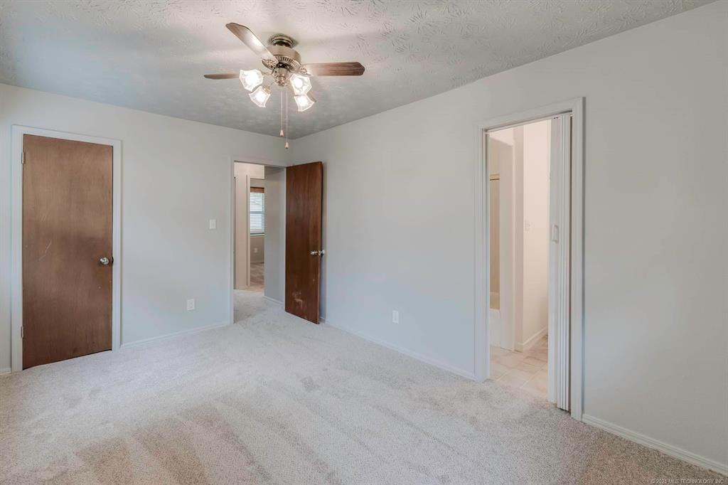 Off Market | 1110 W 16th Place Claremore, Oklahoma 74017 19