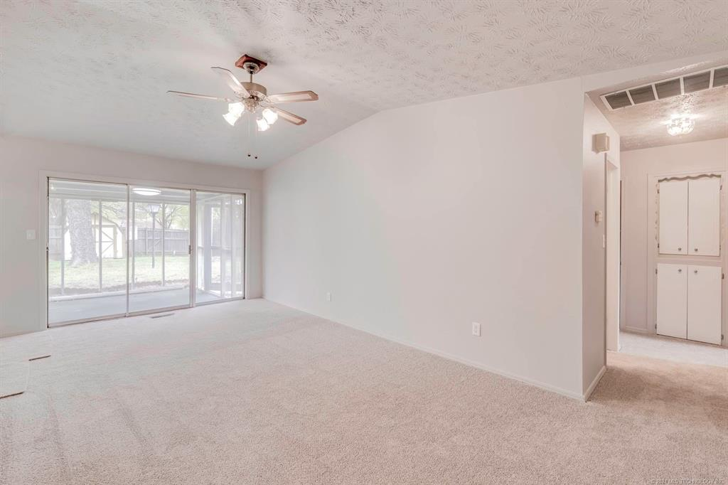 Off Market | 1110 W 16th Place Claremore, Oklahoma 74017 5