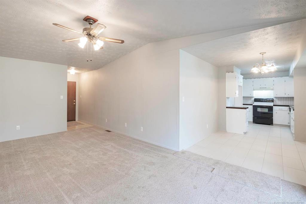 Off Market | 1110 W 16th Place Claremore, Oklahoma 74017 7