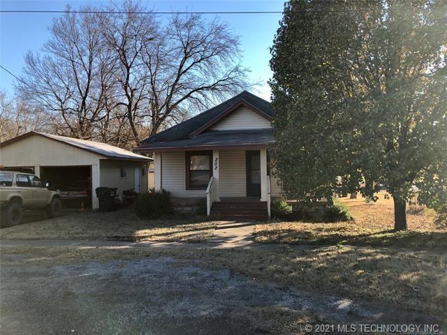 Active | 202 E 3rd Avenue Owasso, Oklahoma 74055 0