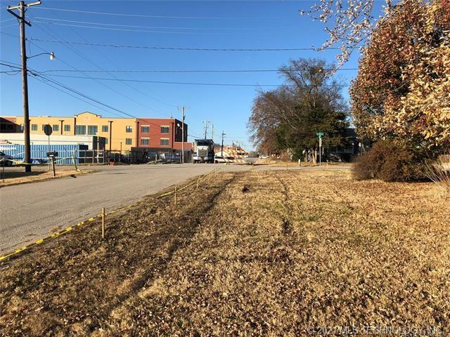 Active | 202 E 3rd Avenue Owasso, Oklahoma 74055 4