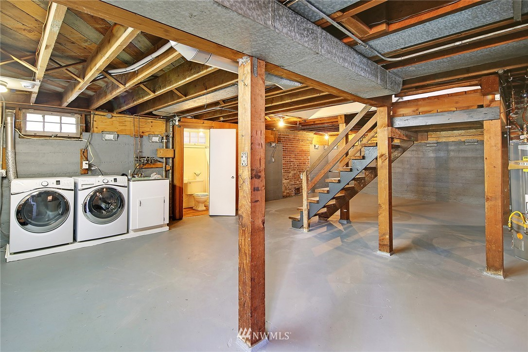 Pending | 620 NW 53rd Street Seattle, WA 98107 23