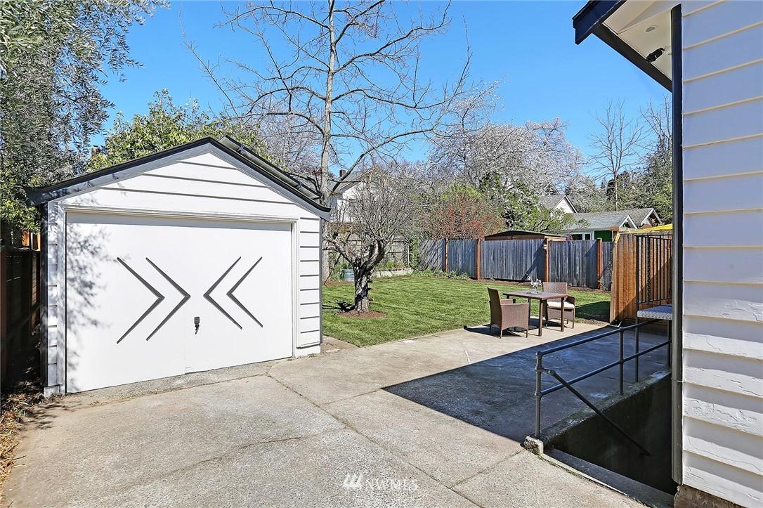Pending | 620 NW 53rd Street Seattle, WA 98107 30