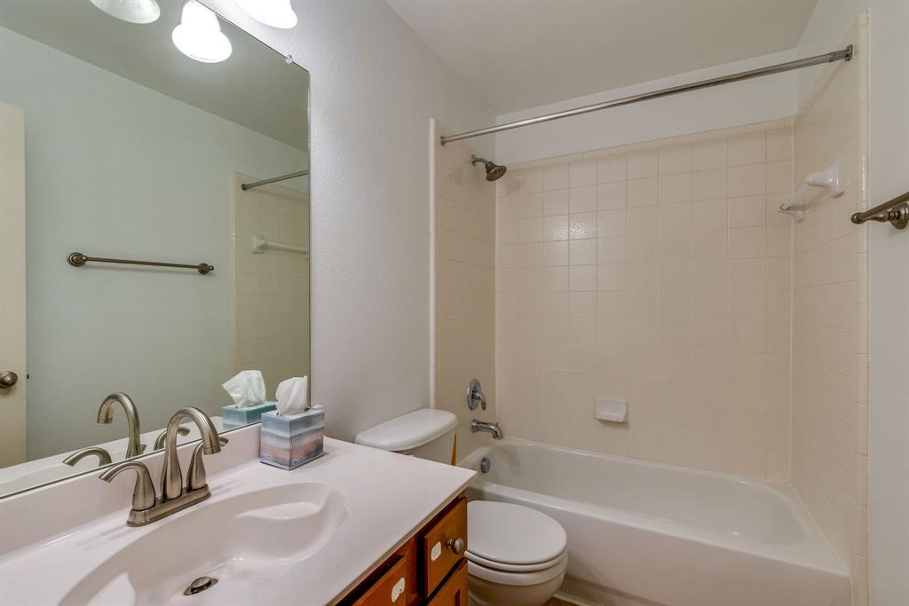 Sold Property | 2324 Crestridge Drive Little Elm, Texas 75068 5