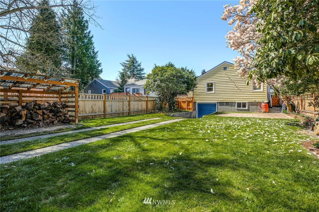 Sold Property | 8324 30th Avenue NW Seattle, WA 98117 19