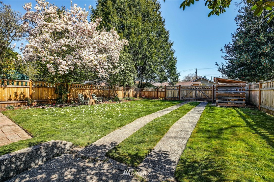 Sold Property | 8324 30th Avenue NW Seattle, WA 98117 21