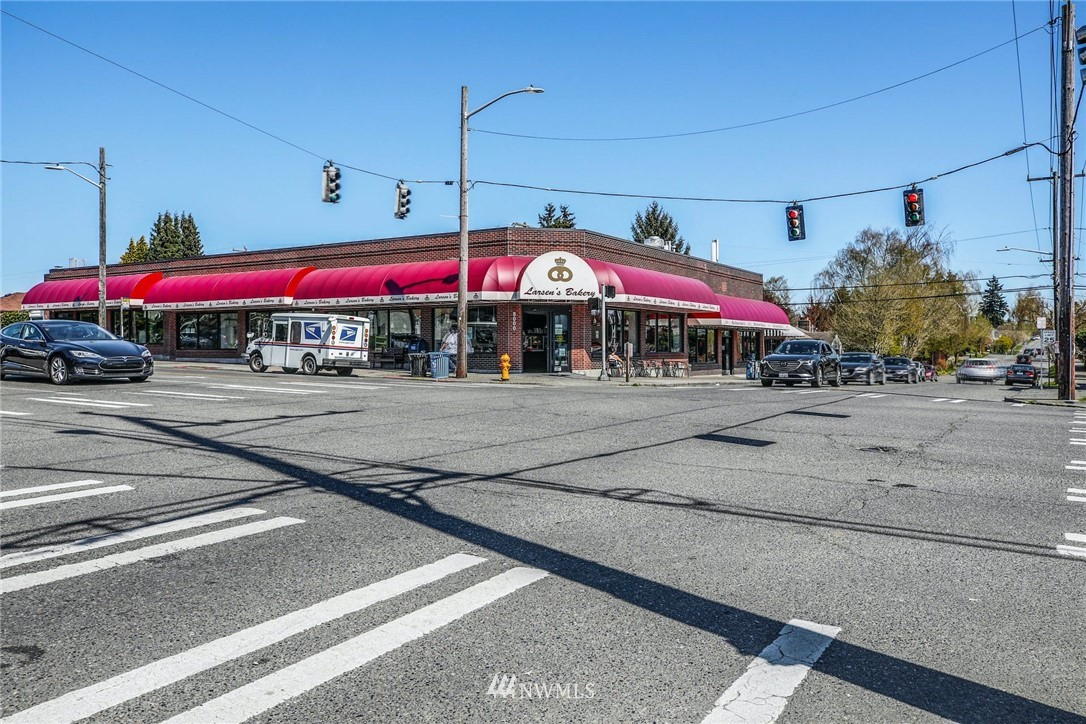 Sold Property | 8324 30th Avenue NW Seattle, WA 98117 23