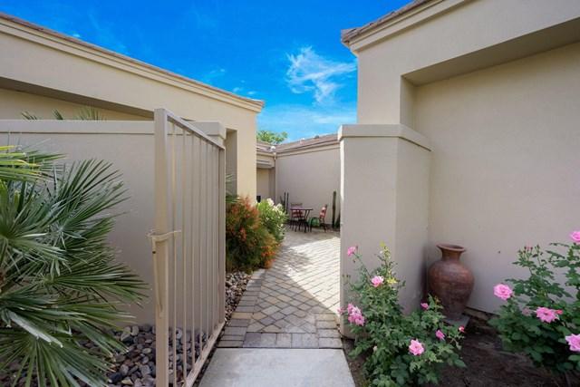 Active | 54778 Oak Tree #A38 La Quinta, CA 92253 10
