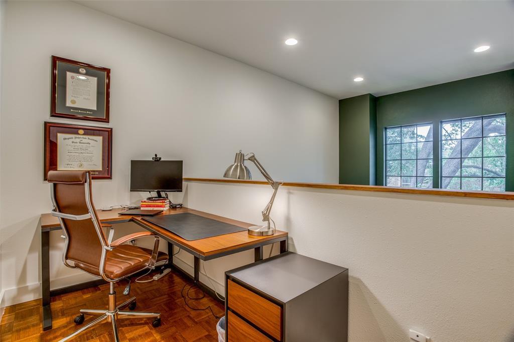 Sold Property   11946 Tavel Circle Dallas, Texas 75230 22