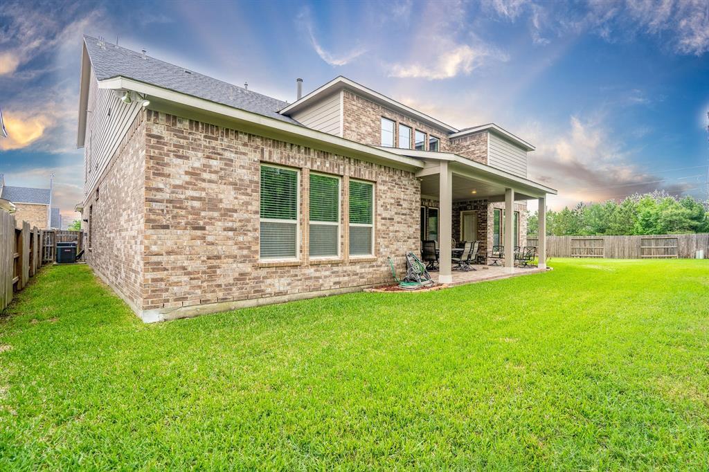 Active | 19018 Blue Vanga Lane #L Cypress, Texas 77429 3