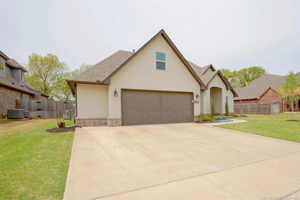 Off Market | 7008 S Chestnut Avenue Broken Arrow, Oklahoma 74011 1